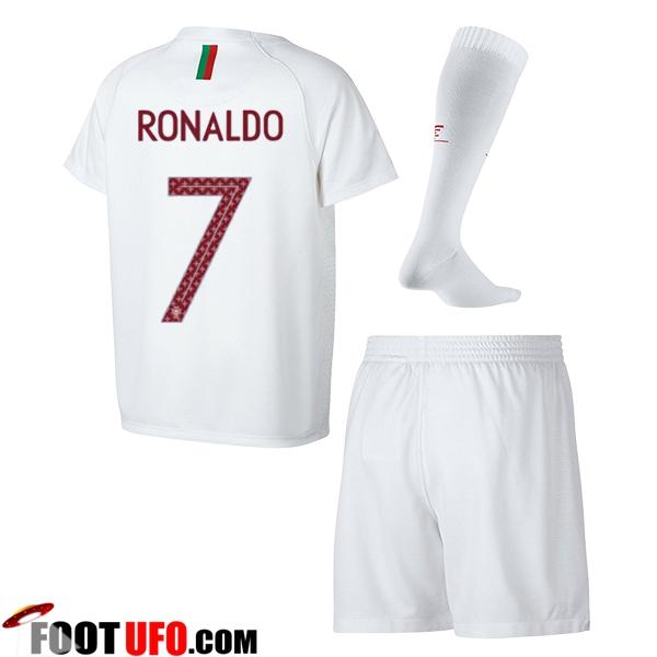 nouveau maillot portugal enfant coupe du monde 2018 ronaldo 7 exterieur vente fiable. Black Bedroom Furniture Sets. Home Design Ideas